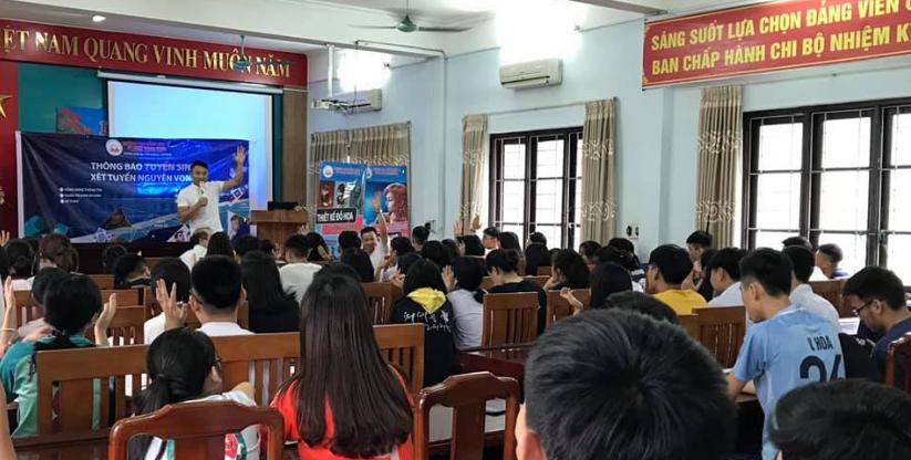 Buổi nói chuyện với học sinh trường Lê Qúy Đôn Quảng Ninh